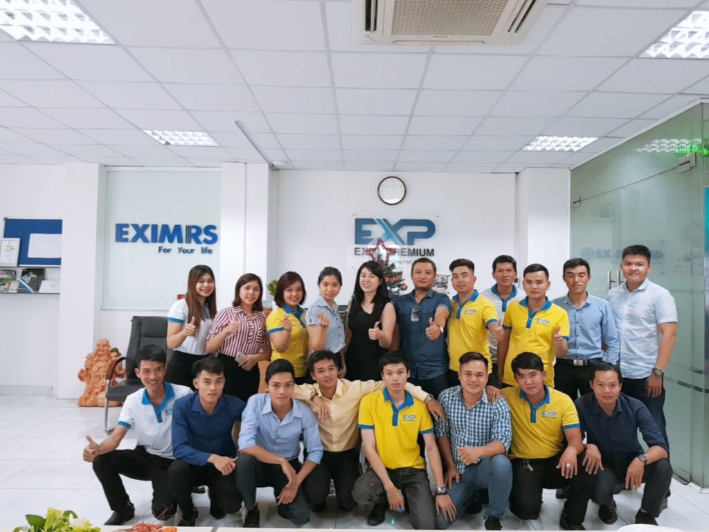cong-ty-exim-premium-to-chuc-giang-sinh-2018-anh-2